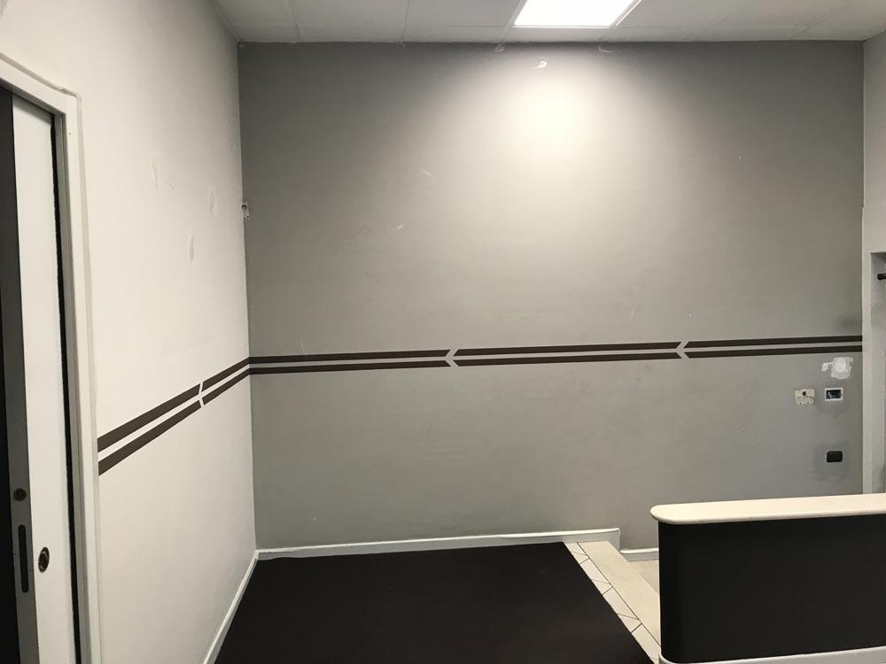 Sai che puoi nascondere una parete bianca utilizzando for Carta da parati muro